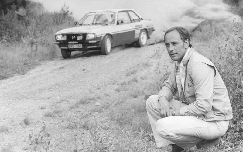 1983 Kulläng utbildar juniorer i rally hemma i Värmland.