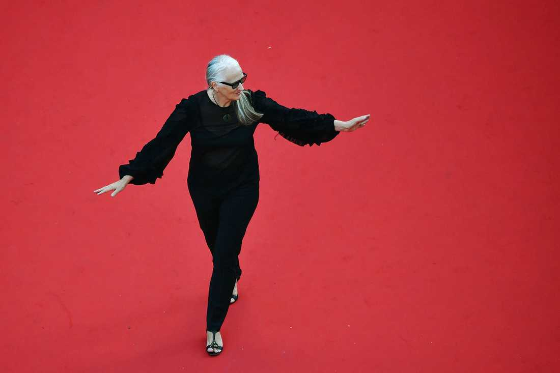 Kvinnor Cannes. Jane Campion på röda mattan under årets filmfestival , där hon kritiserar snedfördelningen i branschen.