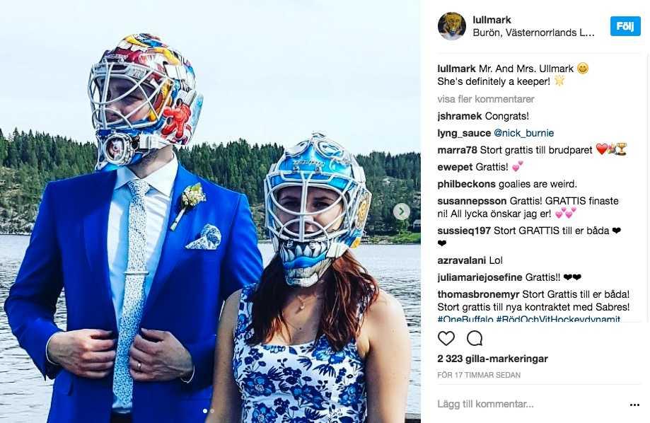 Nygifta paret Ullmark valde att spexa till några av sina bröllopsfoton.