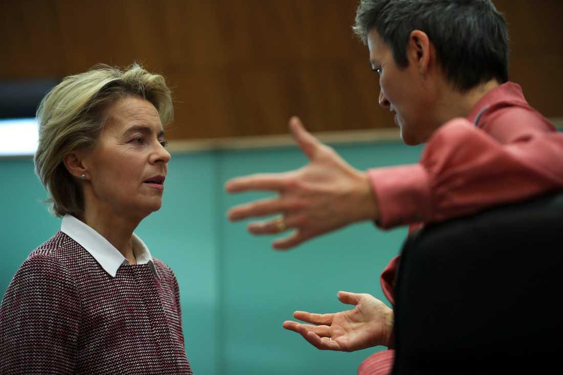 EU-kommissionens ordförande Ursula von der Leyen och digitaliseringskommissionären Margrethe Vestager.