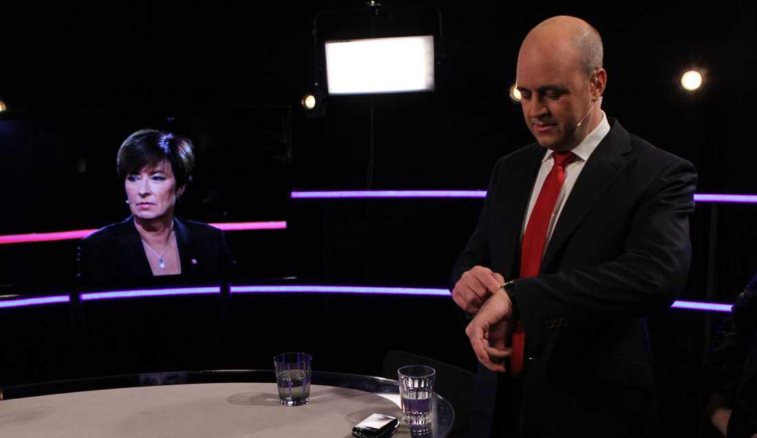 Knappt ett dygn kvar tills vallokalerna stänger. I lördagens tv-kväll sammanfördes Mona Sahlin och Fredrik Reinfeldt inför den sista viktiga spurten i valrörelsen.