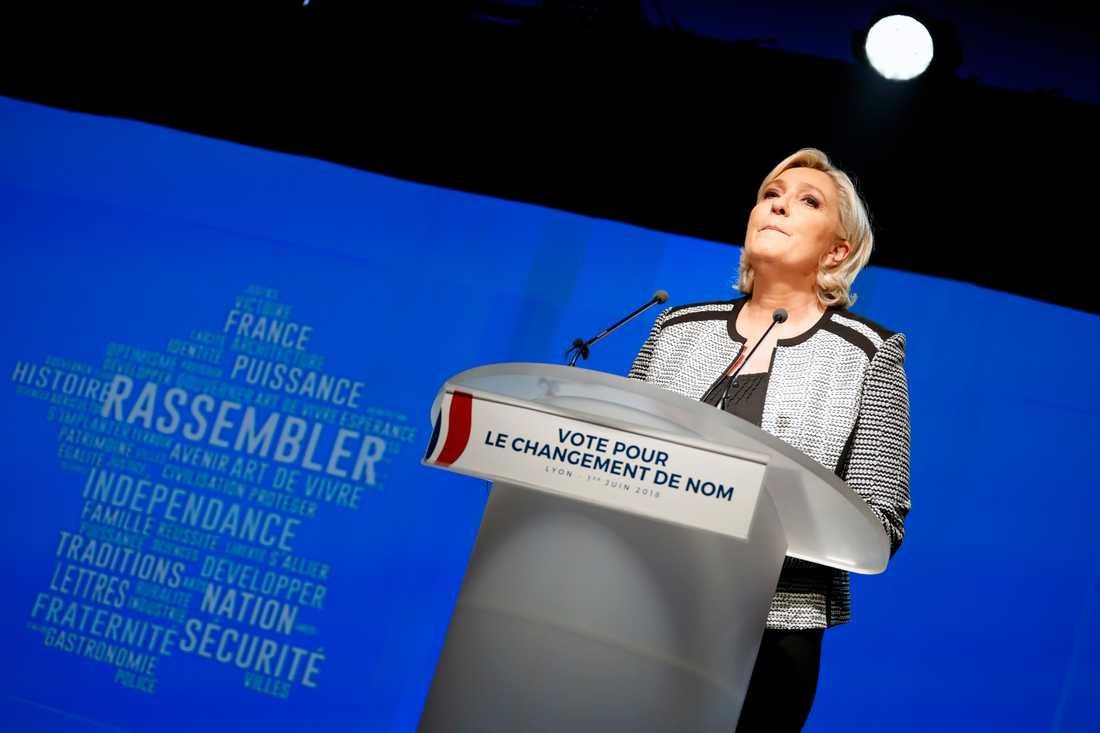 Marine Le Pen, ledare för Nationell samling vars partinamn ändrades från Nationella fronten på fredagen.