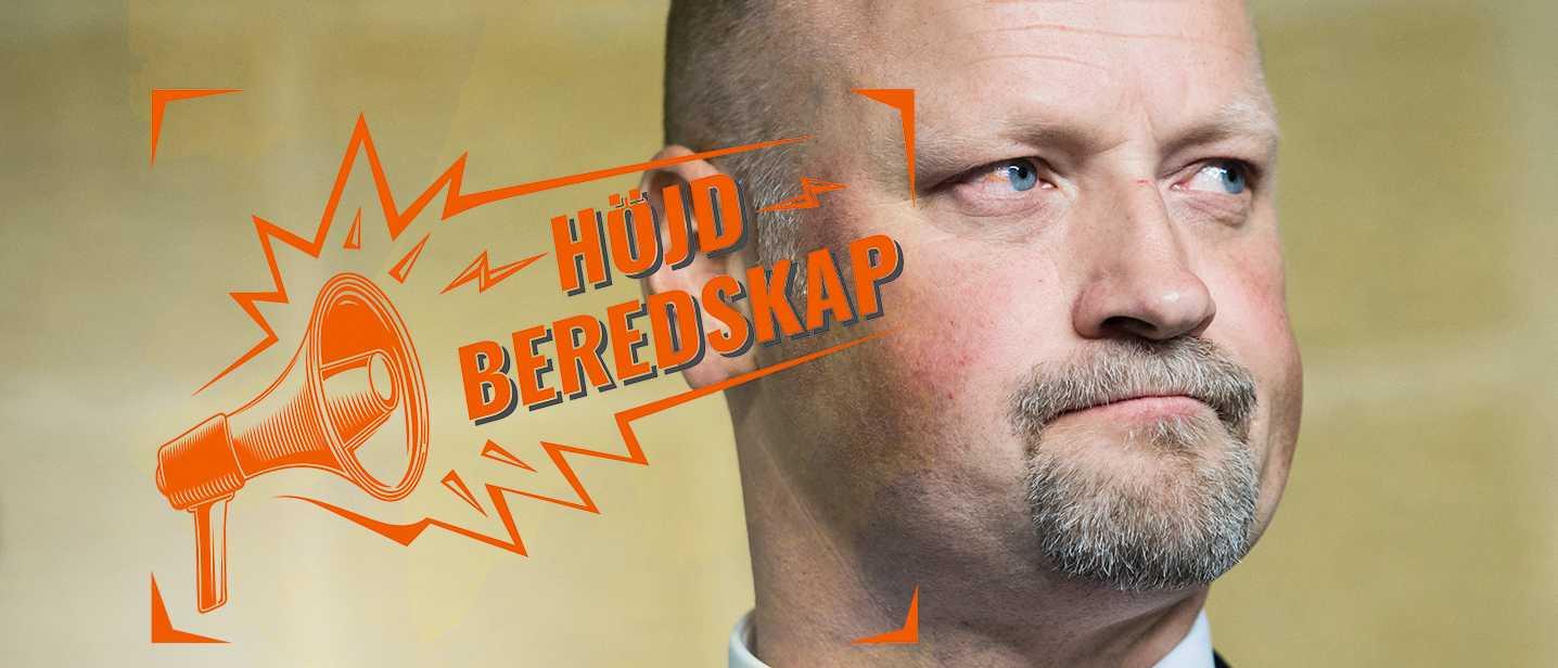 Daniel Bäckström (C) gästar Höjd Beredskap