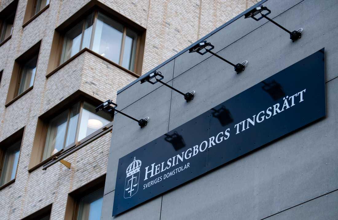 En hantverkare döms av Helsingborgs tingsrätt till dagsböter och skadestånd för kränkande fotografering hemma hos en kund. Arkivbild.