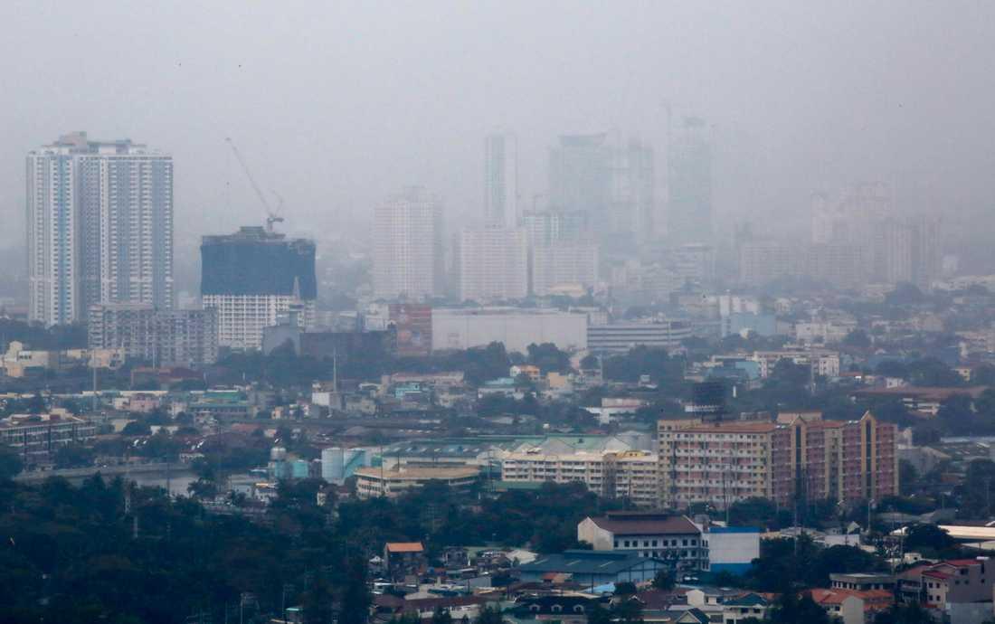 Dimma över Manilla på fredagen.
