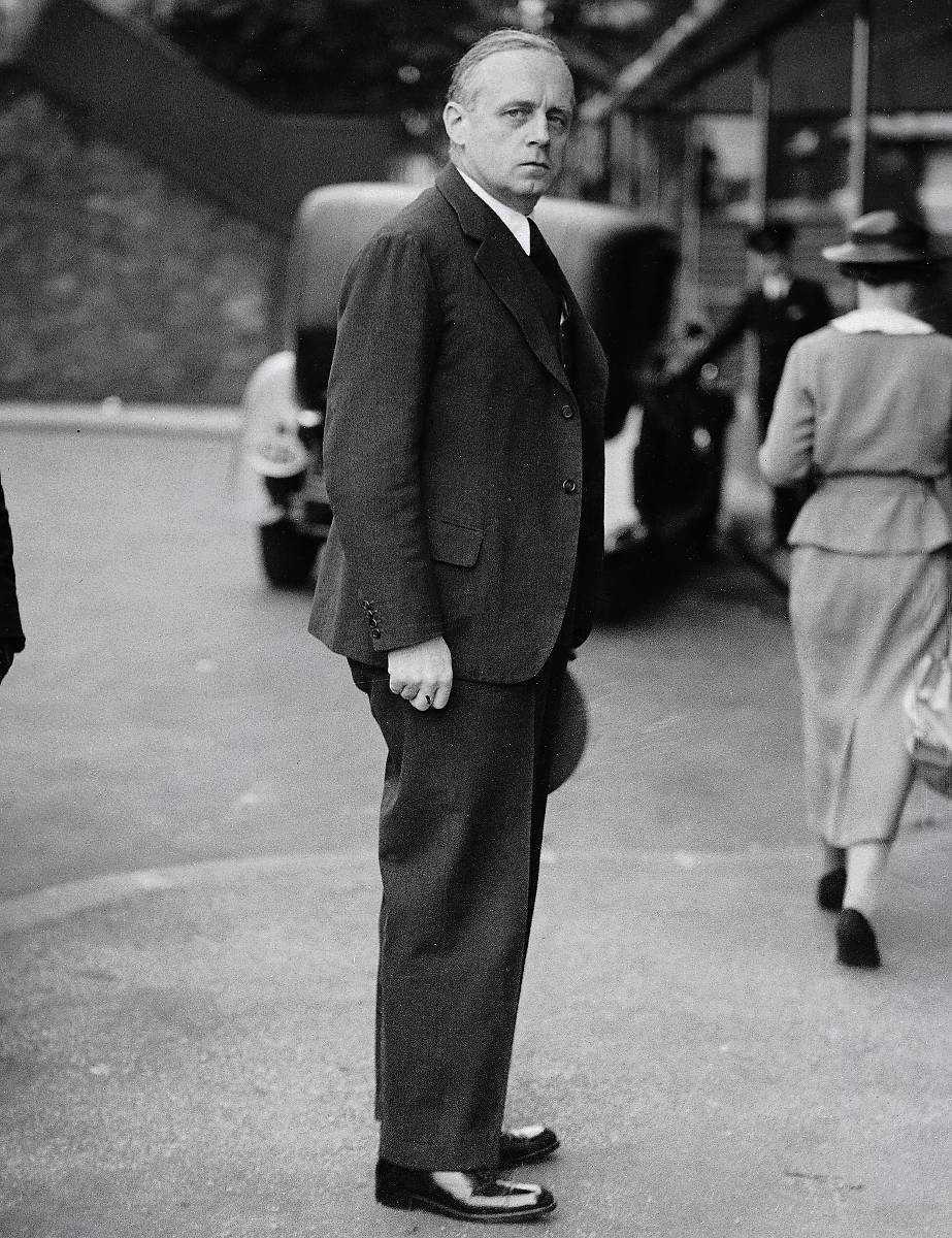 Drev igenom nazipaktJoachim von Ribbentrop var Hitlers utrikesminister och låg bakom Molotov-Ribbentrop-pakten.