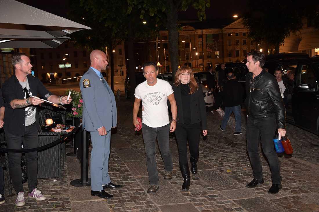 Bruce Springsteen tog sig direkt till hotellet efter spelningen på Ullevi.