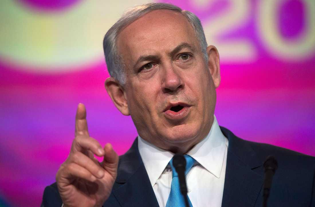 """Benjamin Netanyahu kallar Wallströms uttalanden """"skandalösa""""."""