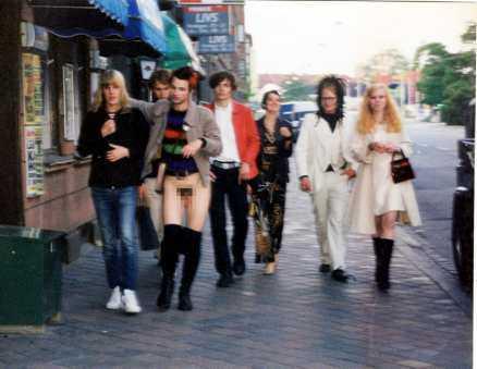 VISADE ALLT Ola Salo gick med byxorna nere efter ett krogbesök med vänner i Malmö.