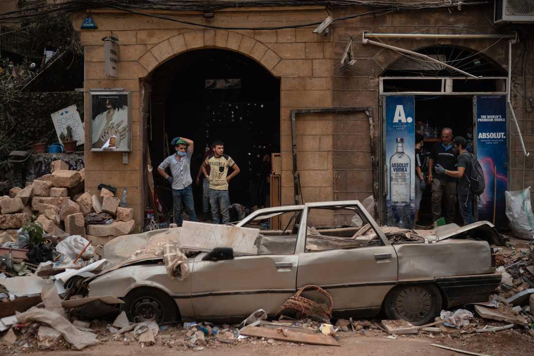 Tisdagens explosion i Beirut förstörde stora delar av staden. Nu står hundratusentals människor utan tak över huvudet.
