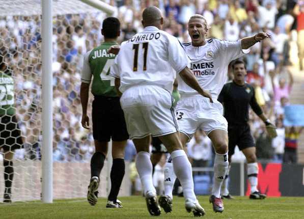 Jubel tillsammans med superstjärnan David Beckham i Real Madrid.