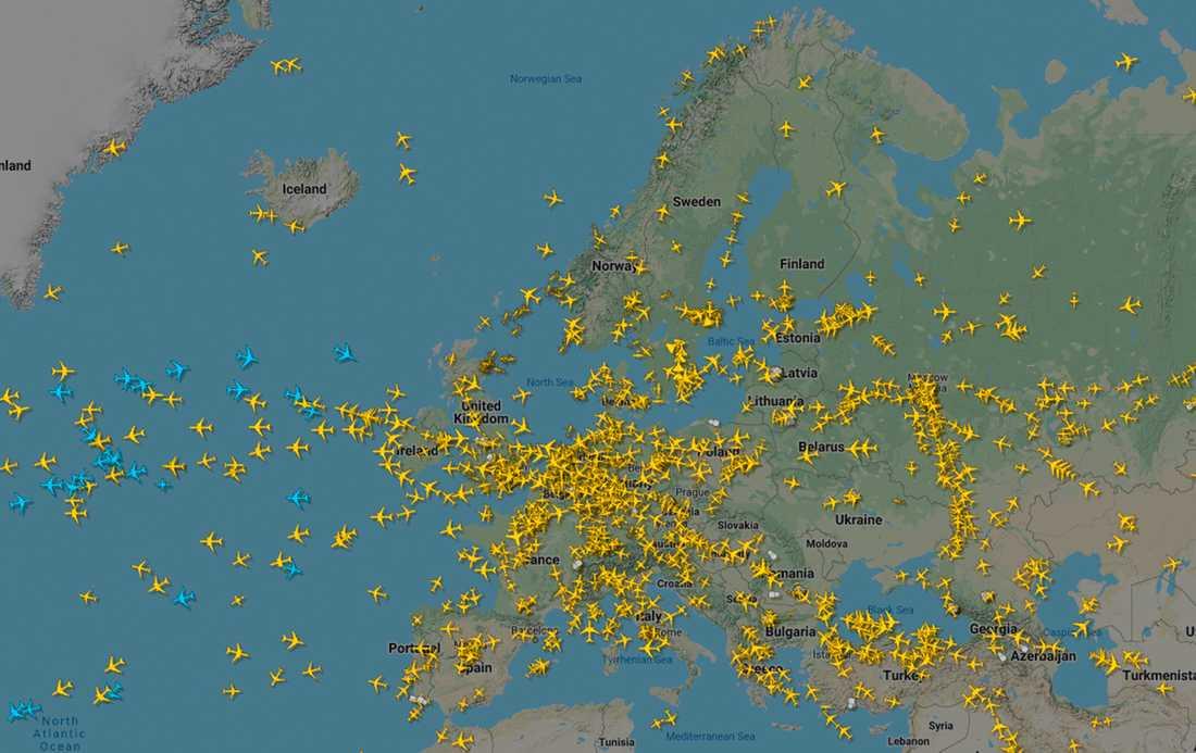 En översikt över flygtrafiken över Europa den 25 mars 2020 från sajten Flightradar24. De senaste månaderna har flytrafiken i världen kraftigt minskat på grund av åtgärder för att bromsa coronavirusets spridning.