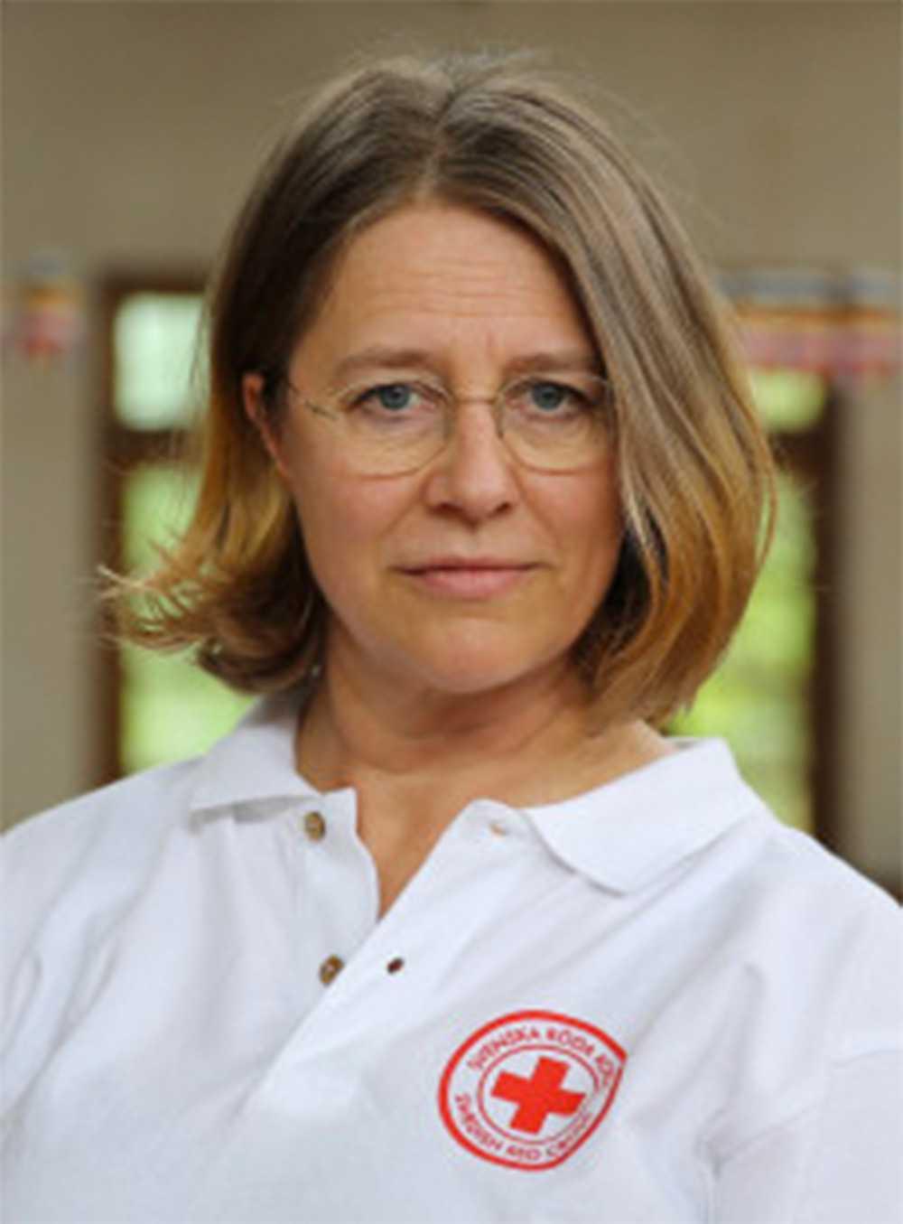 """""""Det behövs hjälp på många plan"""", säger Karin Tengby på Röda Korset."""