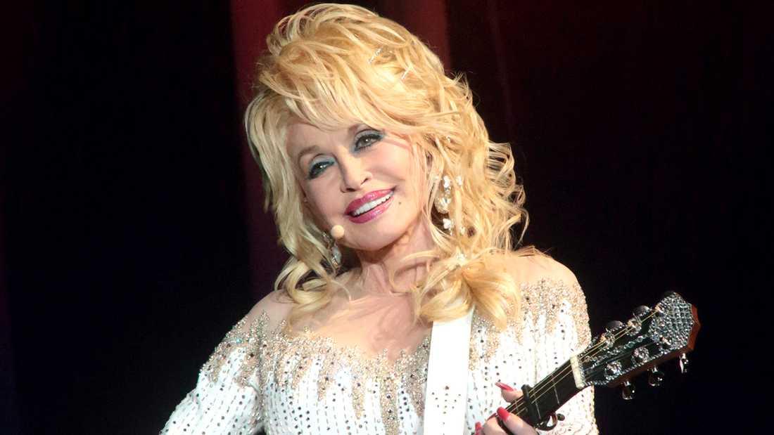 Dolly Parton gick tidigt beväpnad