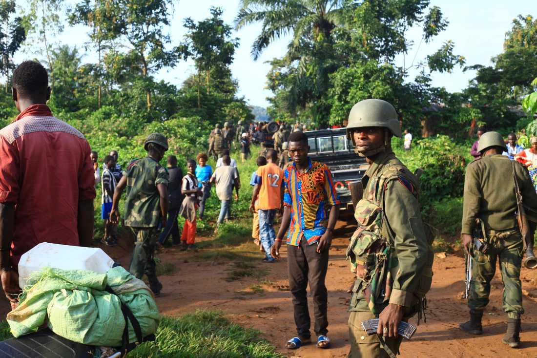 Regeringssoldater patrullerar nära staden Beni i östra Kongo-Kinshasa sedan den extrema jihadistgruppen ADF dödat civila i området. Arkivbild.