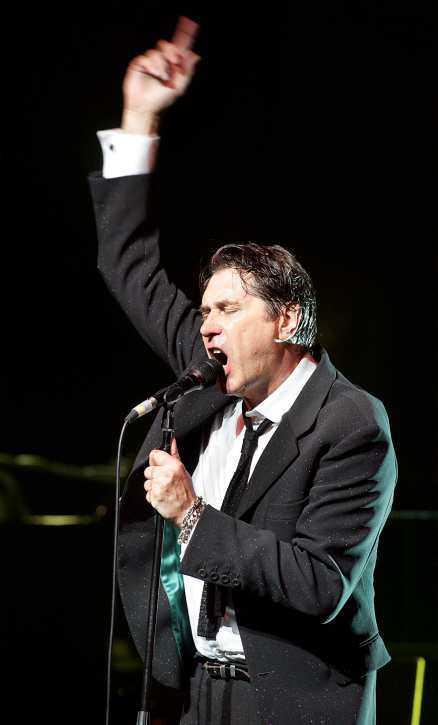 dylan-hyllning Bryan Ferrys konsert blir en lång parad med Dylanklassiker – på bekostnad av hans egna låtar.Foto: ULF HÖJER