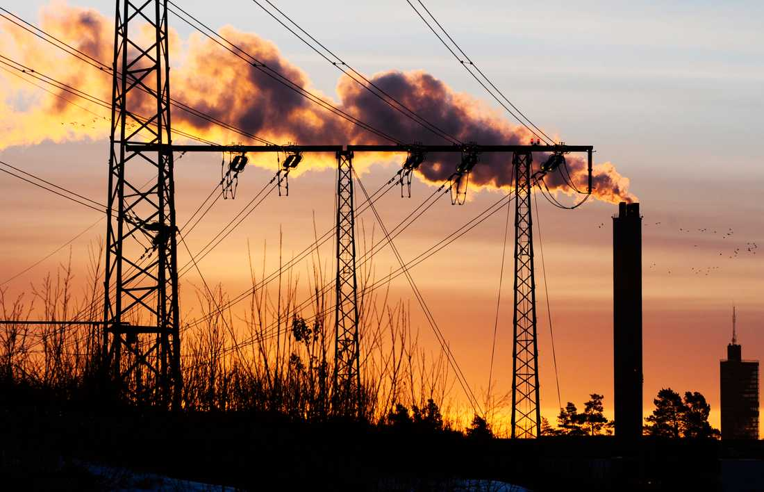 Människans bidrag till den pågående klimatförändringen, i form av bland annat utsläpp, är betydligt större än bidraget från naturliga faktorer, enligt SMHI. Arkivbild.