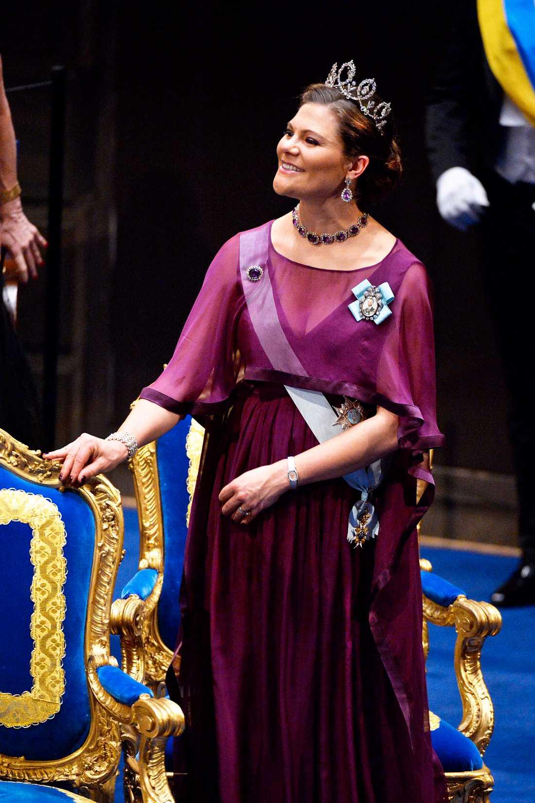Kronprinsessan Victoria  vid nobelprisutdelningen i Konserthuset i Stockholm på torsdagen.