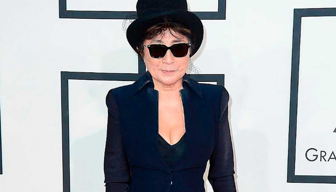 Yoko Ono stoppar försäljningen av John Lemon-dricka.