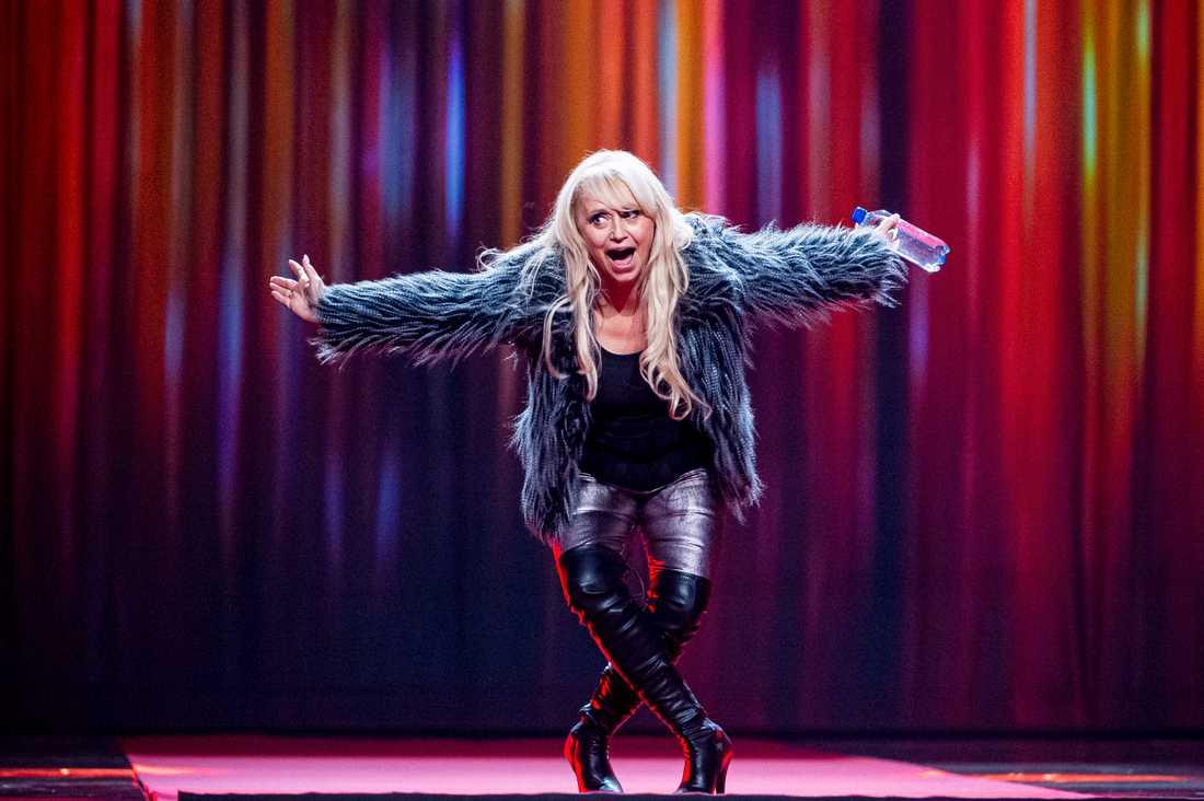 Det var inte länge sedan Nanne Grönvall stod på Melodifestivalens scen, men en sann legendar är såklart tillbaka en kväll som denna.