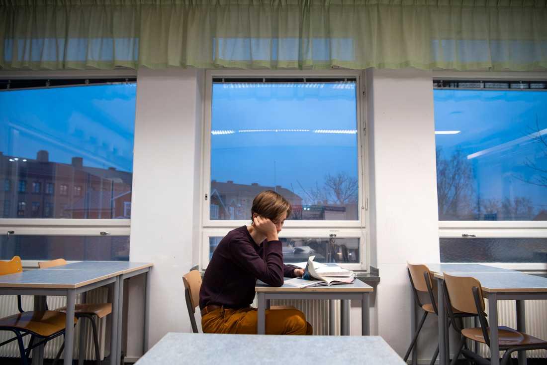 I vår smittades högstadielärare av covid-19 i dubbelt så stor utsträckning som gymnasielärare. Arkivbild.