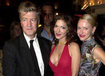 David Lynch på filmfestivalen i Toronto 2001 tillsammans med skådespelerskorna Laura Elena Harring och Naomi Watts.
