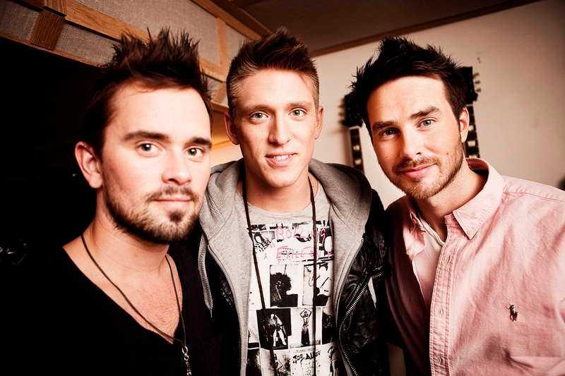 Mattias Andréasson (till höger) ingick i gruppen E.M.D. med Erik Segerstedt och Danny Saucedo.