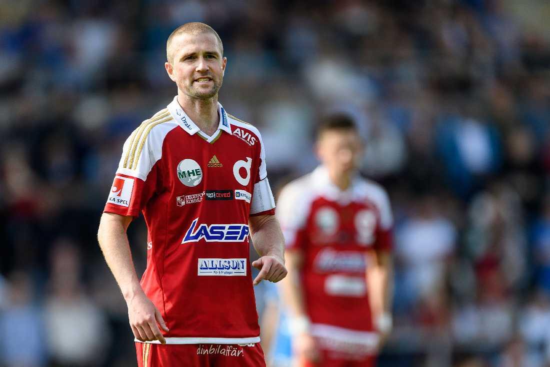 Tobias Solberg i Degerfors-tröjan.