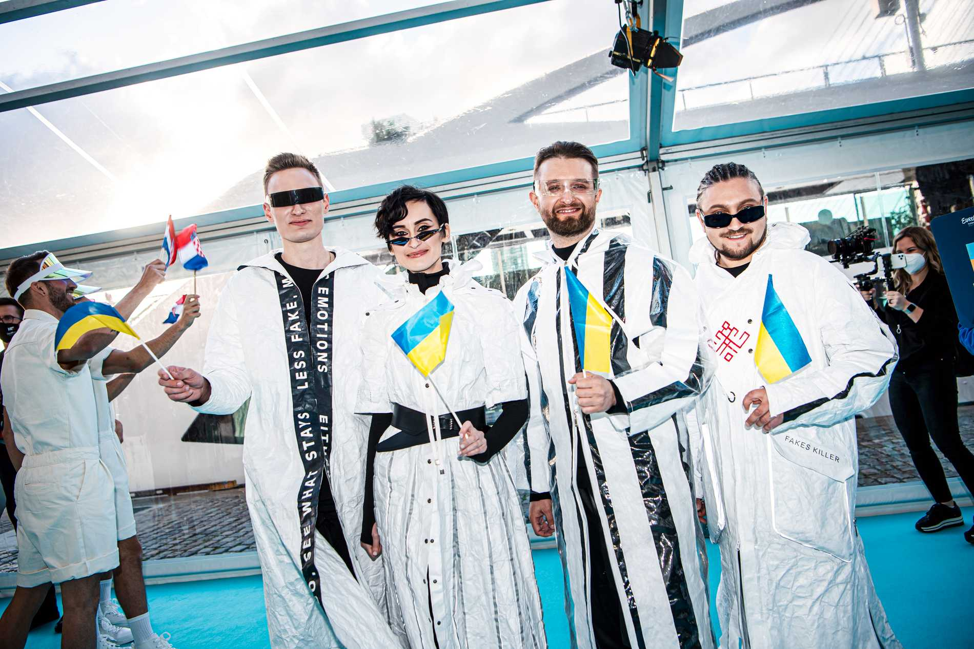 Go A under öppningsceremonin i Eurovision.