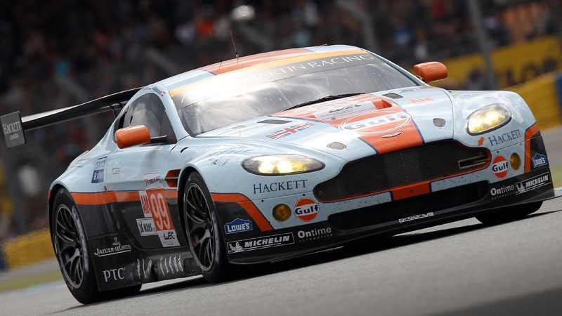 Simonsens Aston Martin under 2012 års upplaga av Le Mans.