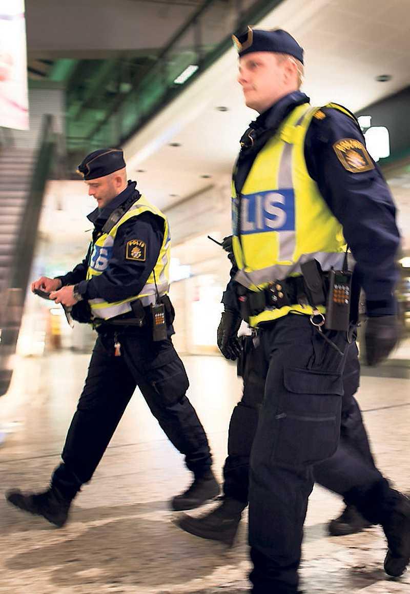 stort pådrag När Göteborg blev terrorhotat grep polisen fyra män misstänkta för brott. Samtliga släpptes efter bara ett dygn.