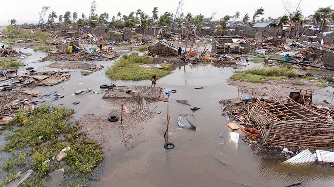 En bild tagen uppifrån efter att cyklonen Idai dragit fram över Moçambique.