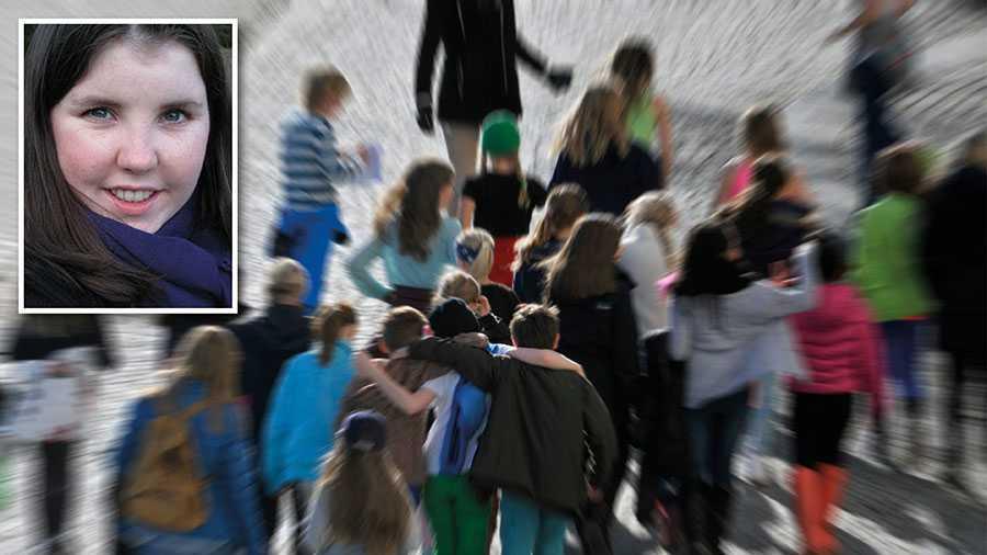 När vi tillåter att skolan är en marknad så accepterar vi samtidigt en osund relation mellan skolan och eleven/vårdnadshavaren, skriver rektorn Linnea Lindquist.