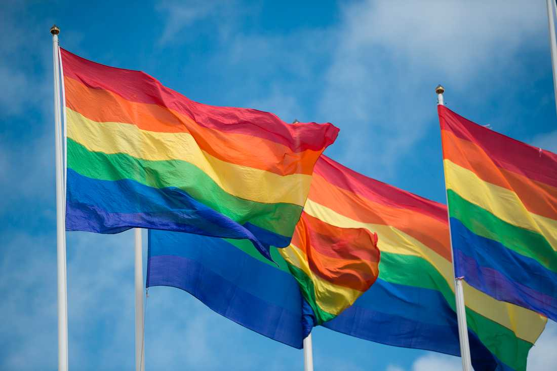 Prideflaggor