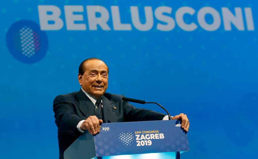 Italiens före detta premiärminister Silvio Berlusconi har testats positivt för covid-19. Arkivbild.