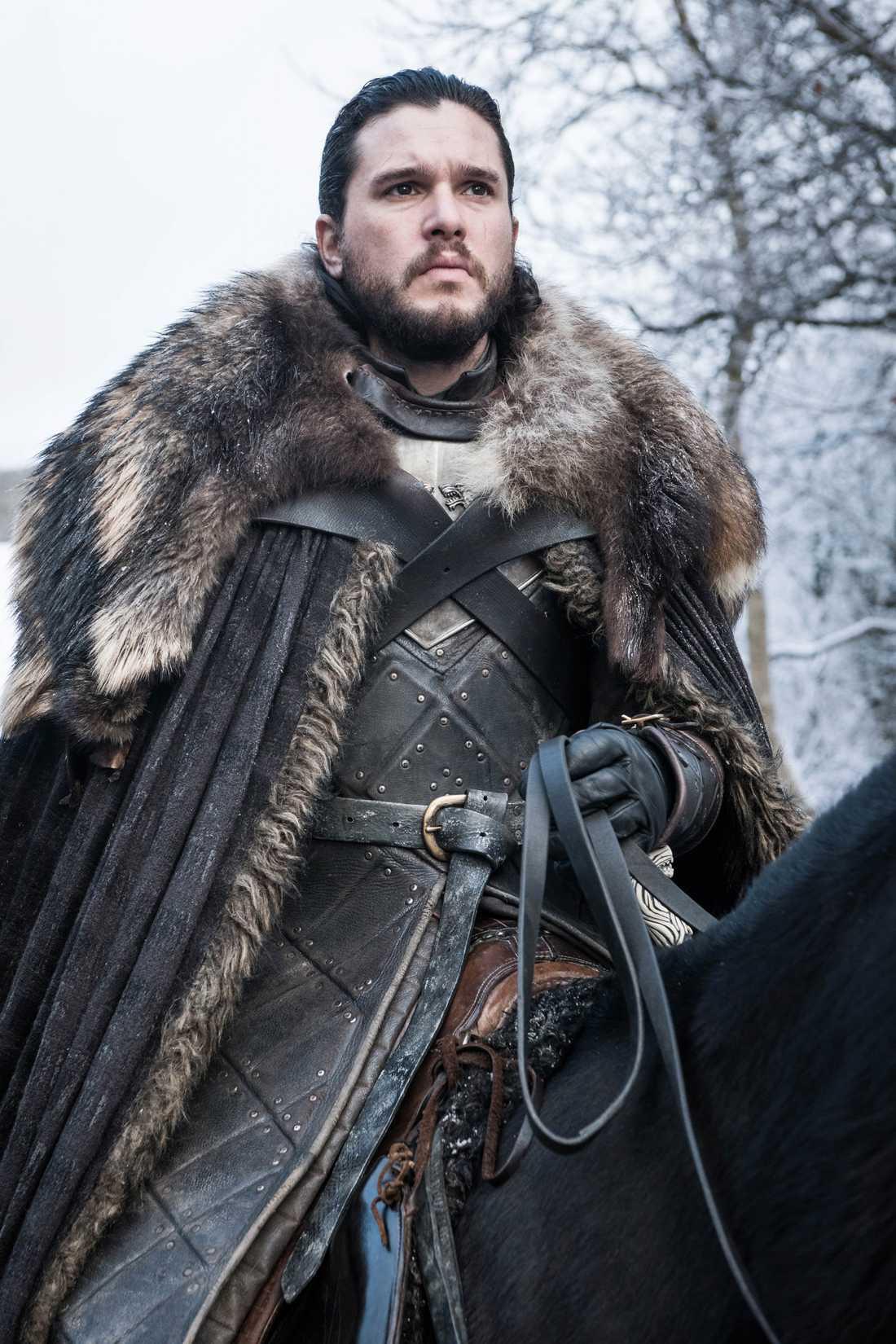 """Jon Snows kläder påminner om det """"pappa"""" Ned Stark brukade bära."""