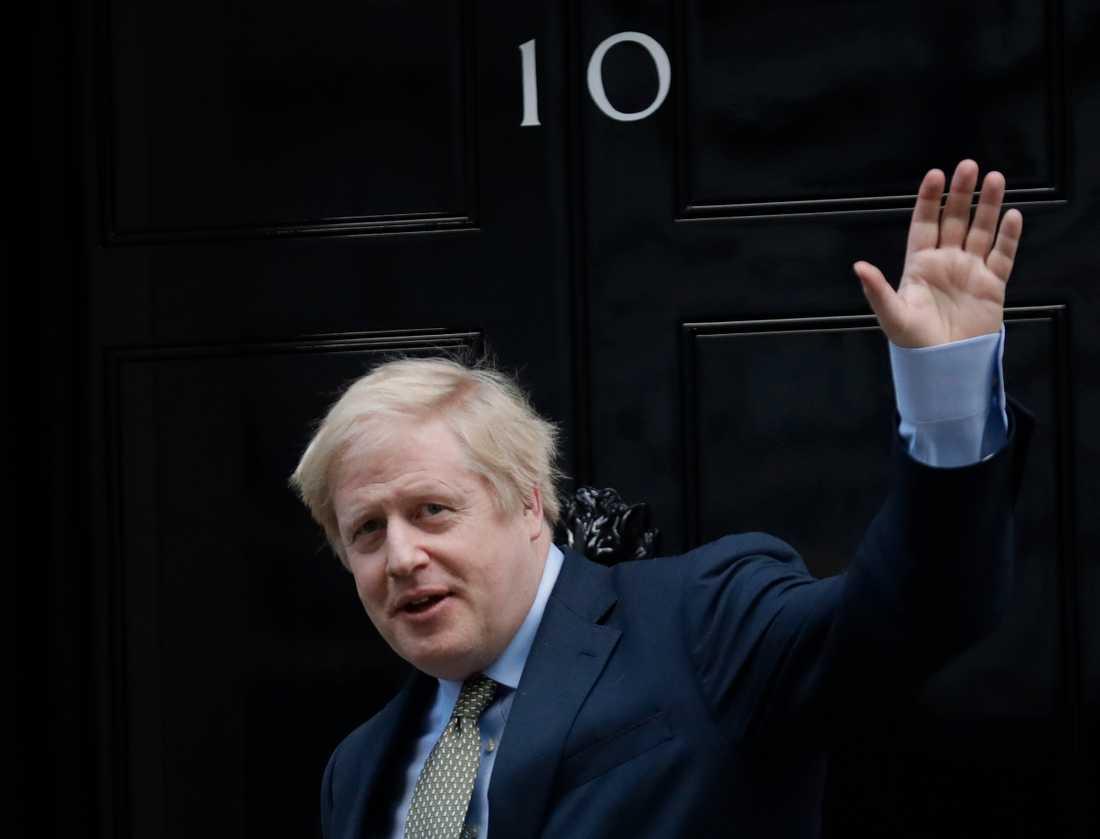 Storbritanniens premiärminister Boris Johnson säkrar sin makt över officiella bostaden 10 Downing Street och därmed över Storbritannien efter jordskredssegern i parlamentsvalet.