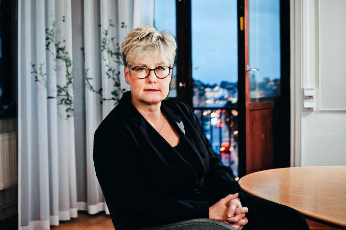 Hyresgästföreningens förbundsordförande Marie Linder tillträdde 2014. Hon har inte haft möjlighet att ställa upp på en intervju med Aftonbladet om miljonlöner och bonusresor.