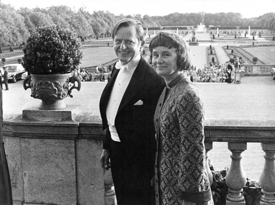 Lisbeth tillsammans med sin make Olof Palme