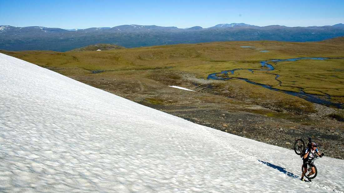 En tuffare tur i Riksgränsenområdet är den upp till Låkktajokka, Inget för nybörjare, men otroligt kul för den erfarne.