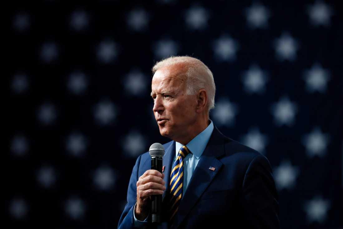 Joe Biden talar offentligt för första gången på 64 dagar.