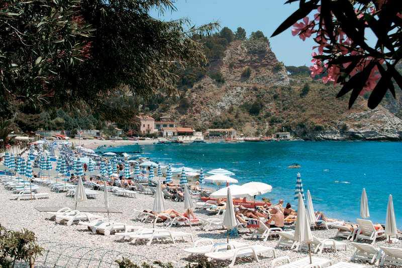 Charmiga badorten Taormina Mare.
