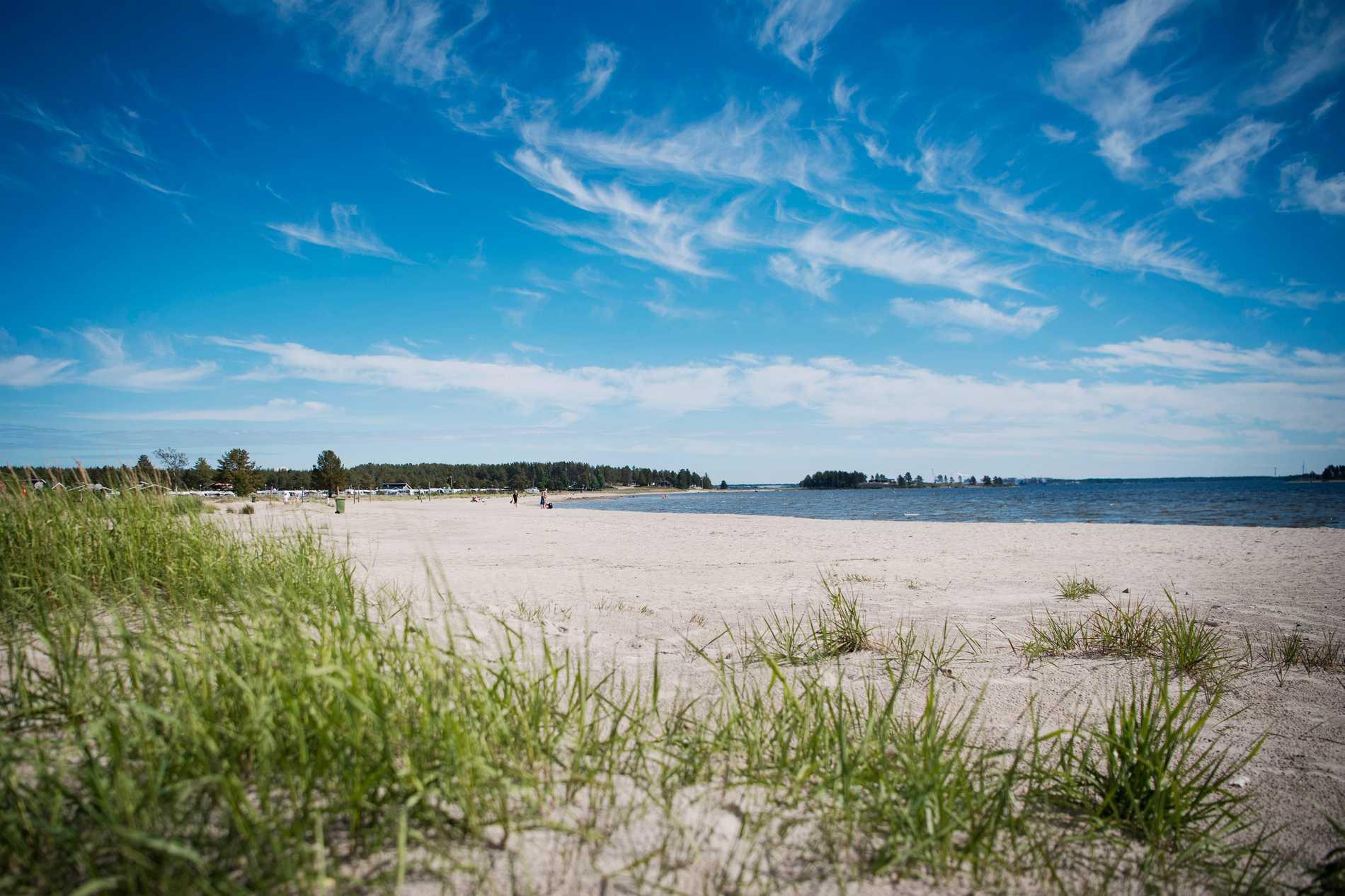Vy över Pite havsbad, en populär tillflyktsort under sommaren.