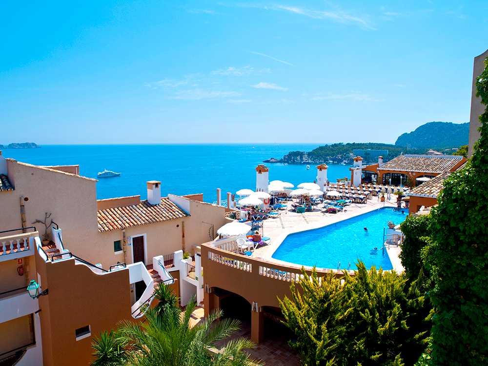 Turistskatten på de fina hotellen fördubblas på de Baleariska öarna.