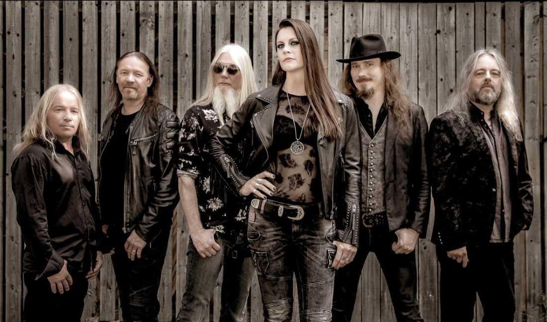 På sitt andra album med Nightwish känns Floor Jansen helgjuten i sin roll som sångerska.
