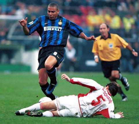 Målkrutet var torrt även i italienska Inter – men det var också här skadeproblemen tog start. Mellan 1997 och 2002 gjorde Ronaldo bara 68 framträdanden i Intertröjan.