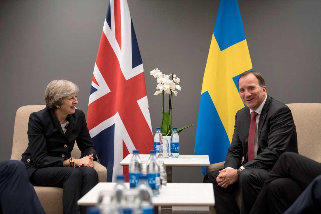 Med Storbritannien försvinner inte bara miljarder från EU:s budget. Sverige förlorar också en bundsförvant. Här premiärminister Theresa May och statsminister Stefan Löfven (S). Arkivbild.