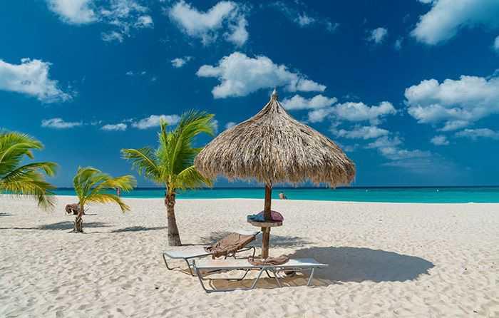 Eagle Beach på Aruba är nummer tre på listan.