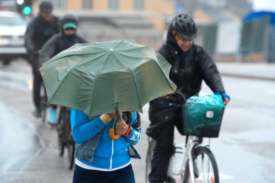 SMHI har uppmätt det lägsta lufttrycket på 60 år.