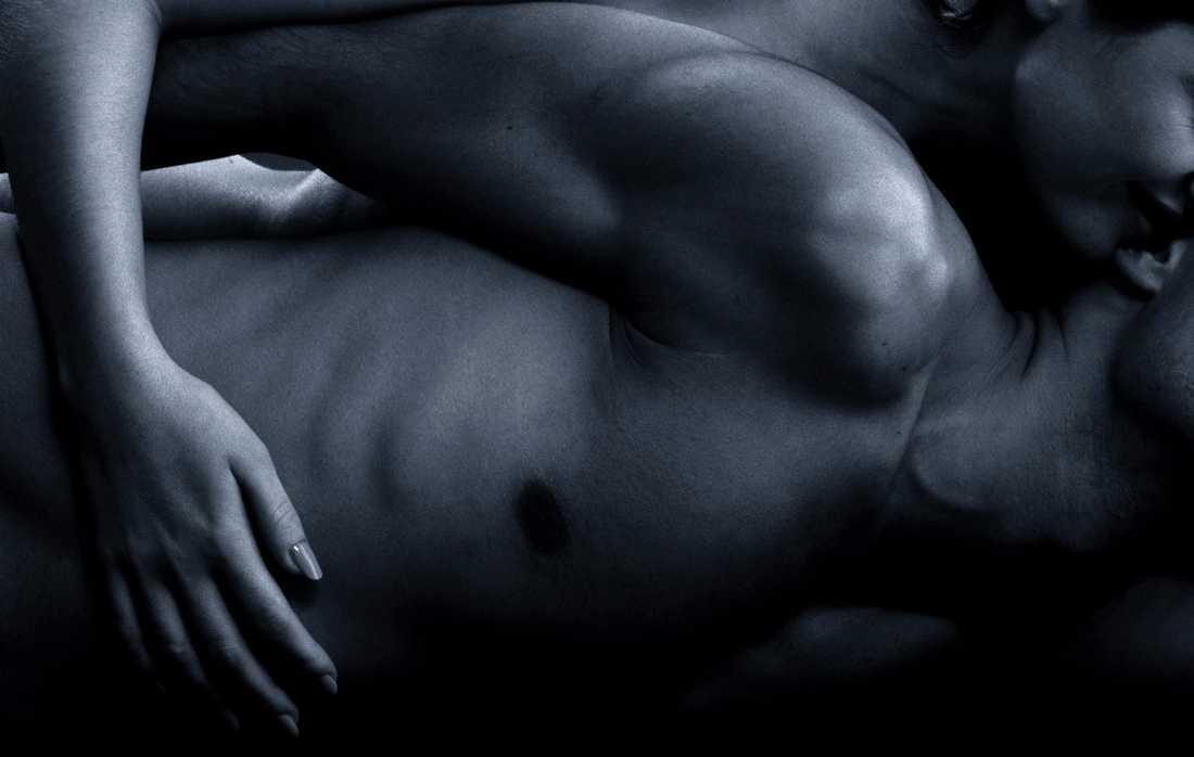 Låt dig smittas av lusten i våra erotiska noveller.